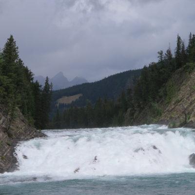 Rote Zedern, Sulphur Mountain und andere Schönheiten