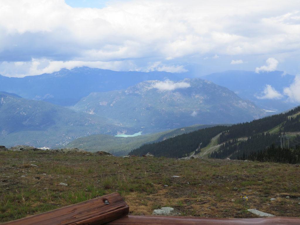 Aussicht auf Whistler oben vom Berg