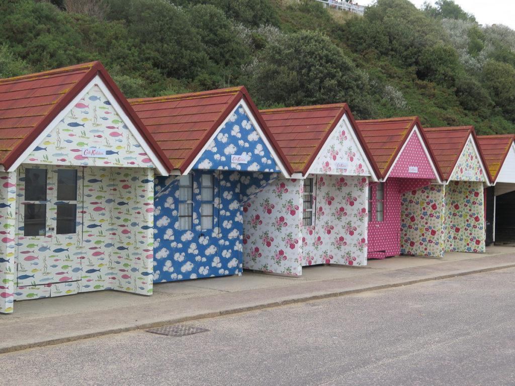 Strandhäuschen in Bournemouth in Muster von Cath Kidston