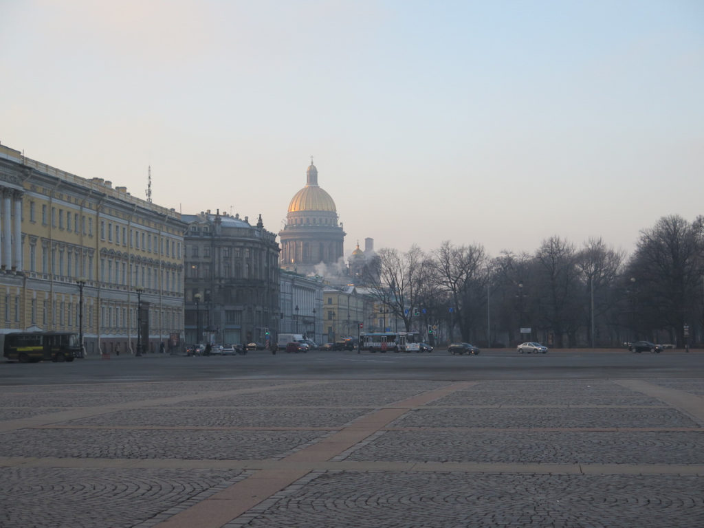Isaakskathedrale in St. Petersburg im Winter