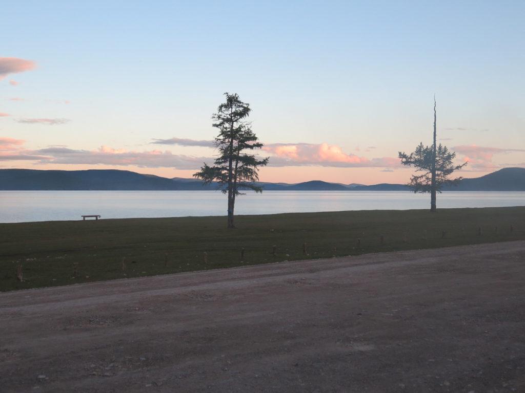 Chuwsgulsee beim Sonnenuntergang