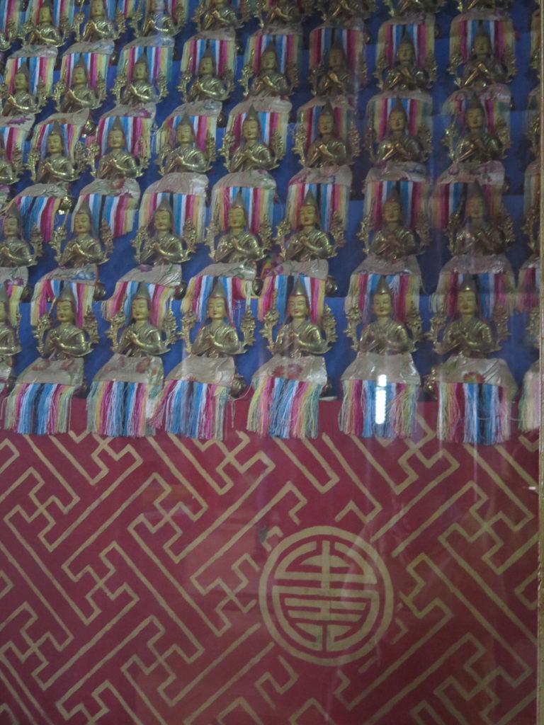 Figuren im Tempel Kloster Amarbayasgalant