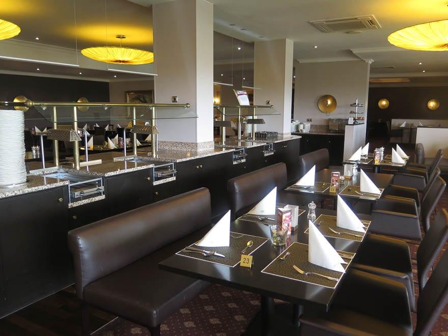 Frühstücksraum und Restaurant Hotel Grossfeld