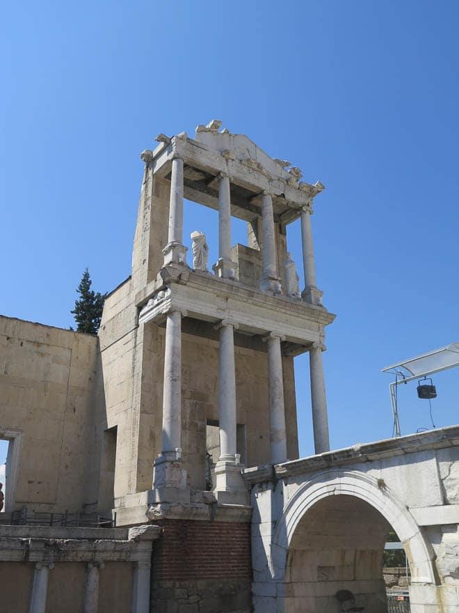 Amphitheater Plovdiv blauer Himmel
