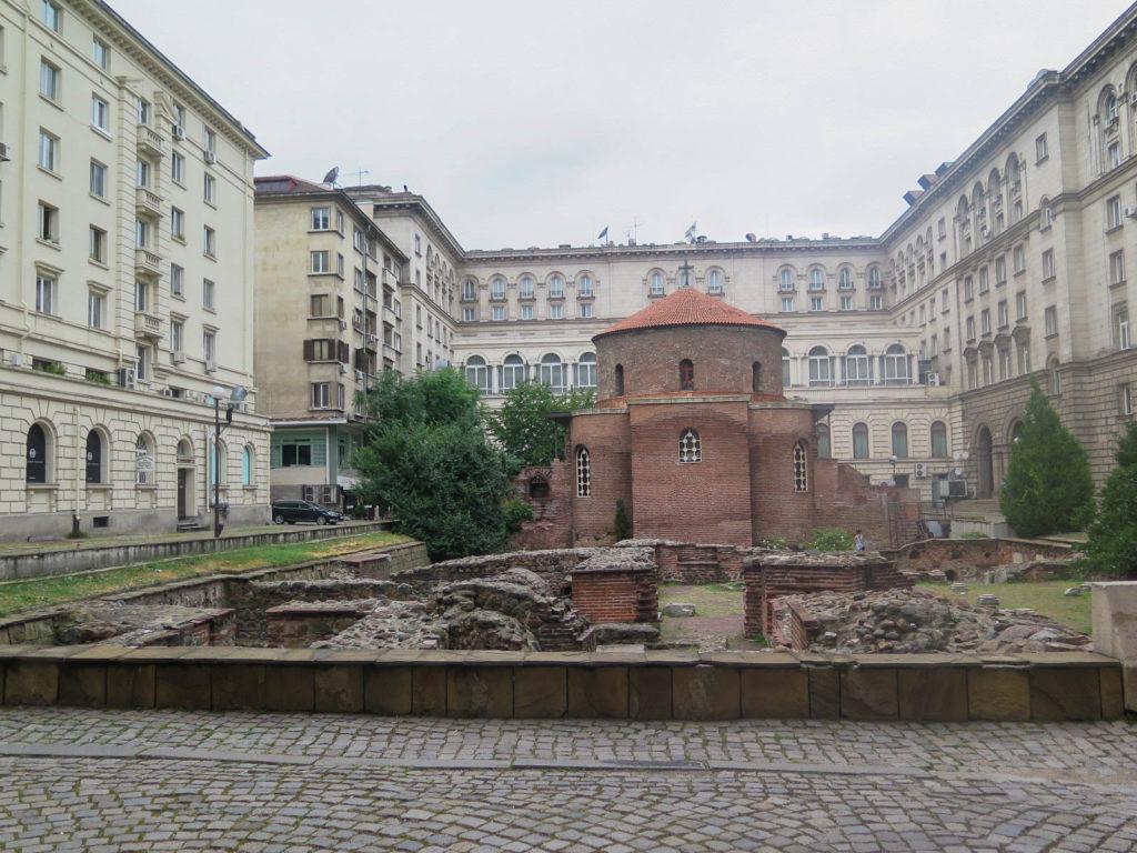 Rotunda Kirche und römische reste in Sofia