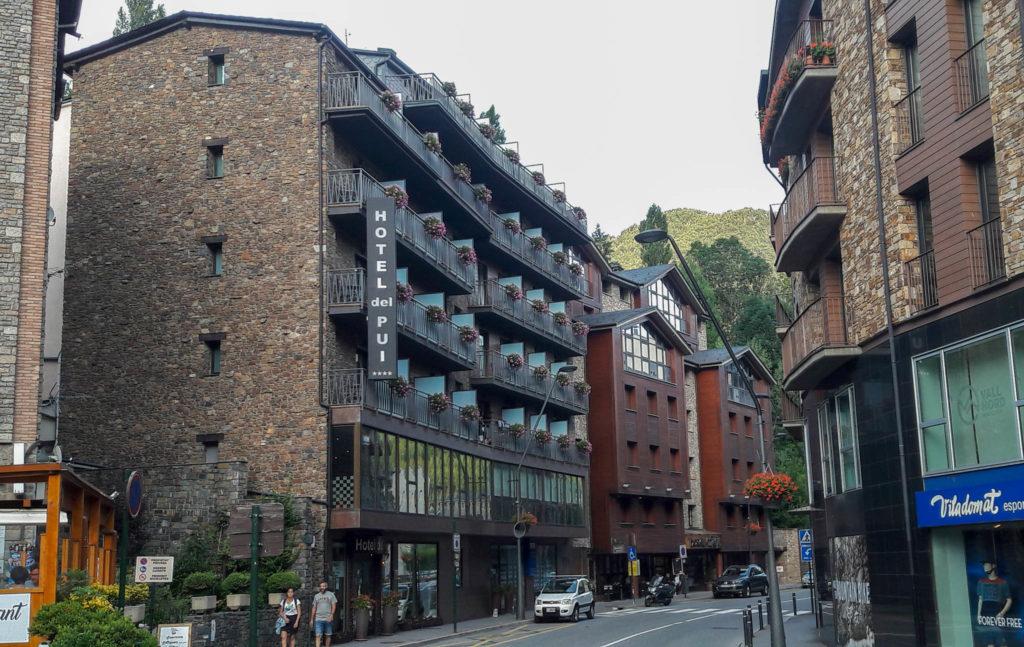 Hotel del Pui in La Massana, Andorra. Außenansicht