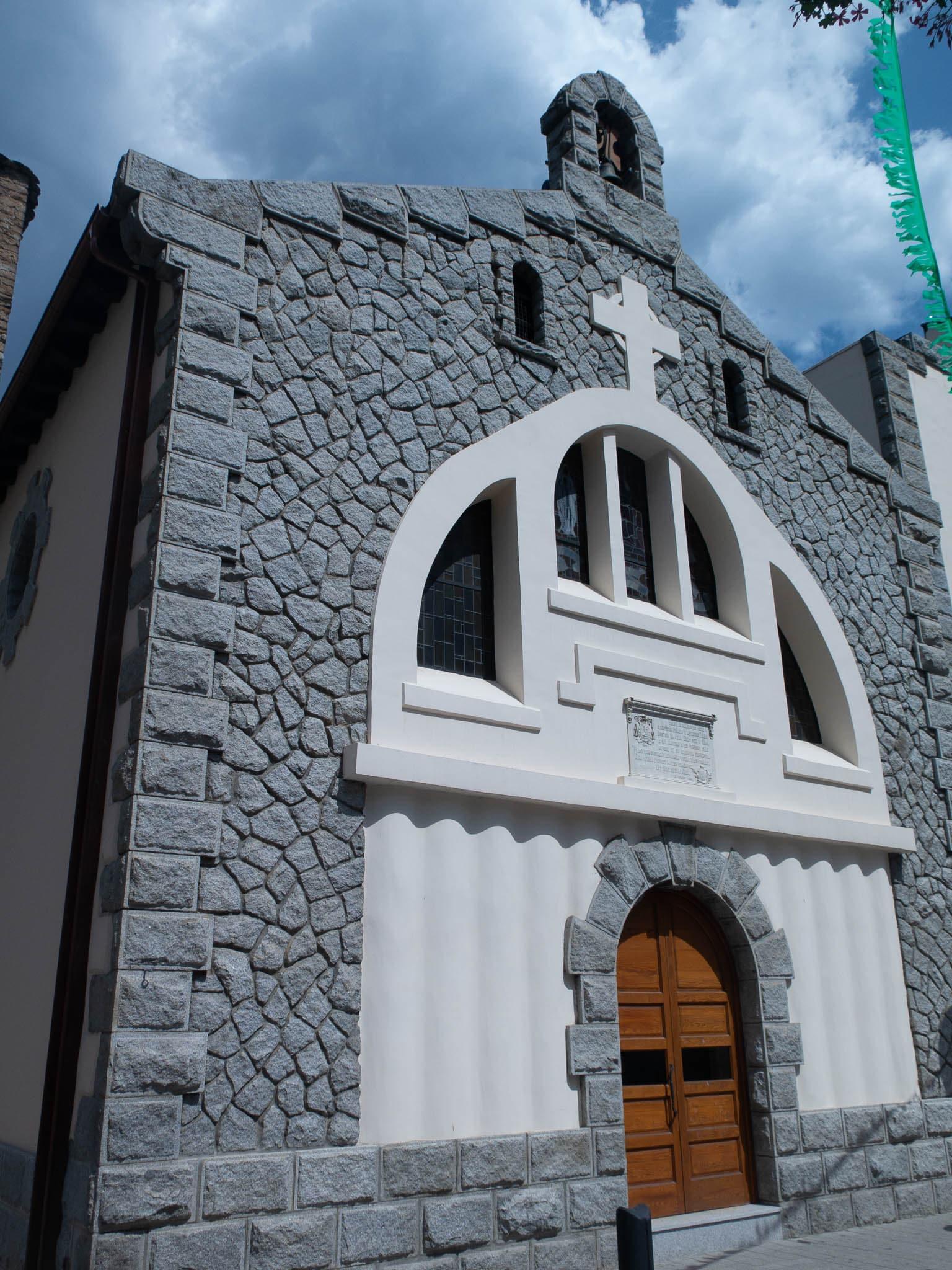 Kirche in Andorra, Sant Julia de Loria, außenansicht