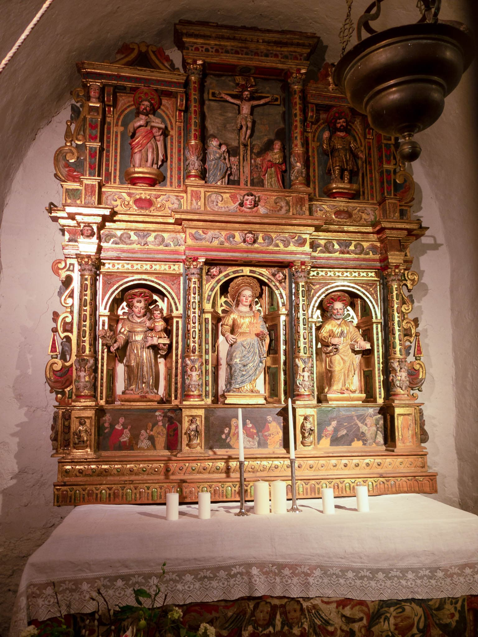 Altar in der Martinskirche in Cortinada in Andorra