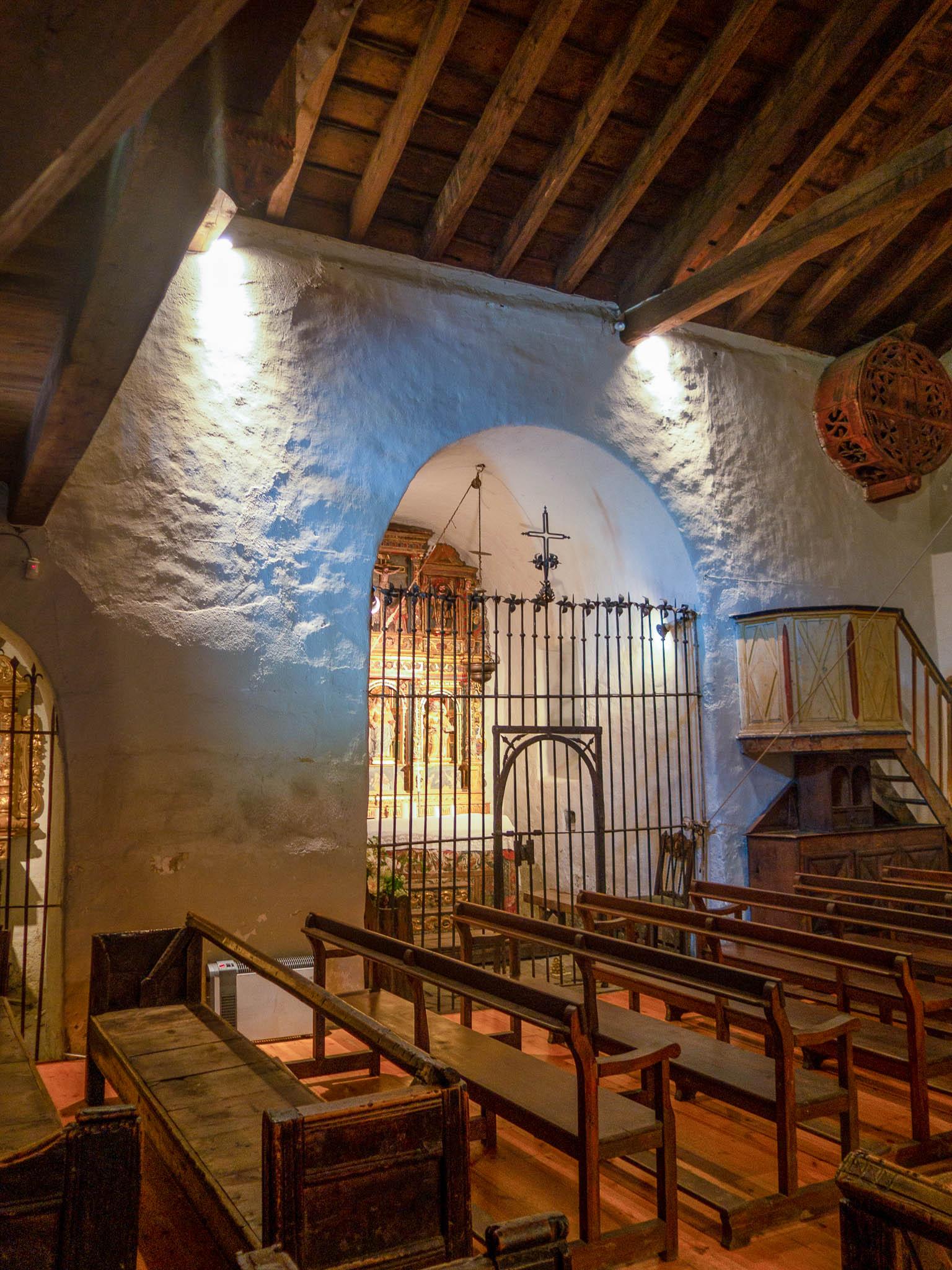 Martinskirche Cortinada in Andorra, innenraum