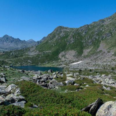 Bergsee und Gebirge in Tristaina Andorra